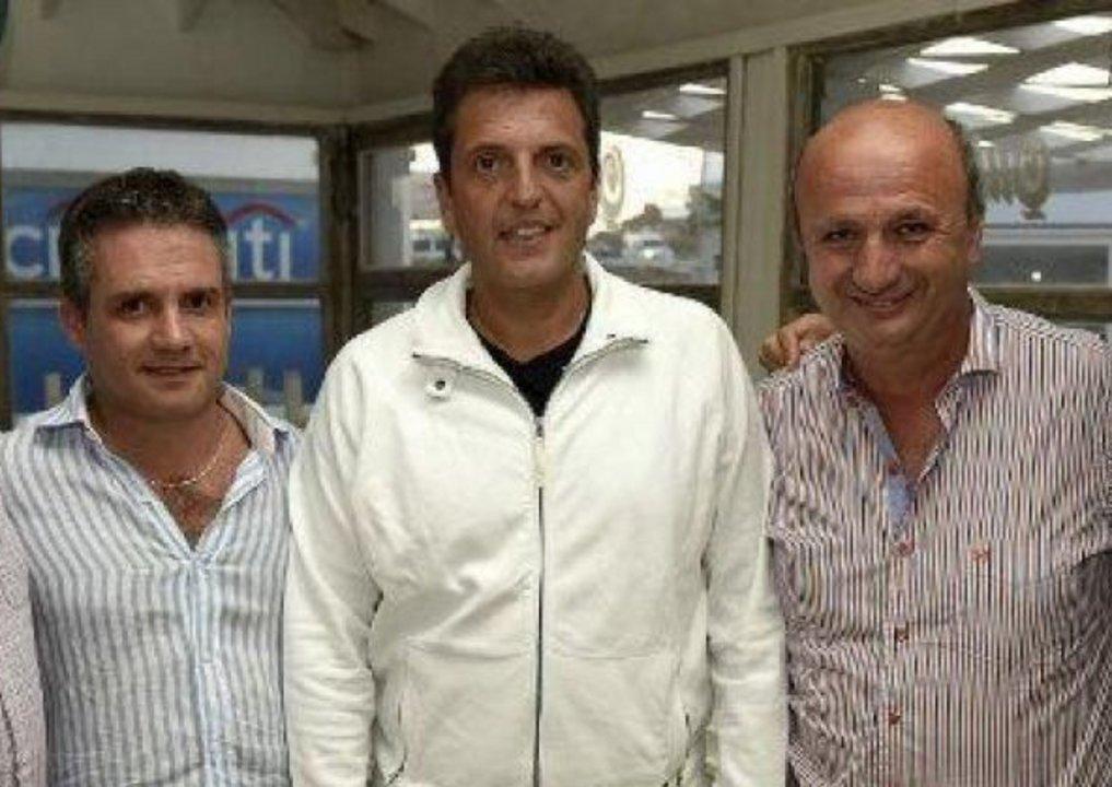 D'Alessandro junto a Massa y Russo, en tiempos de campaña.