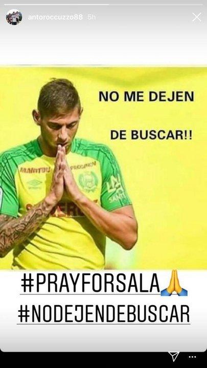 Rocuzzo también posteó su apoyo a que sigan buscando a Emiliano.