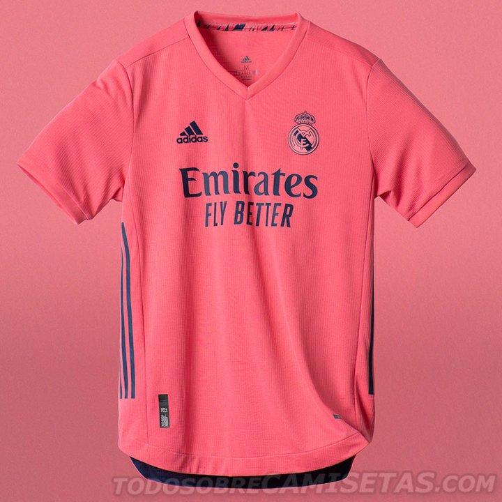 El Real Madrid va de rosa en su camiseta alternativa.
