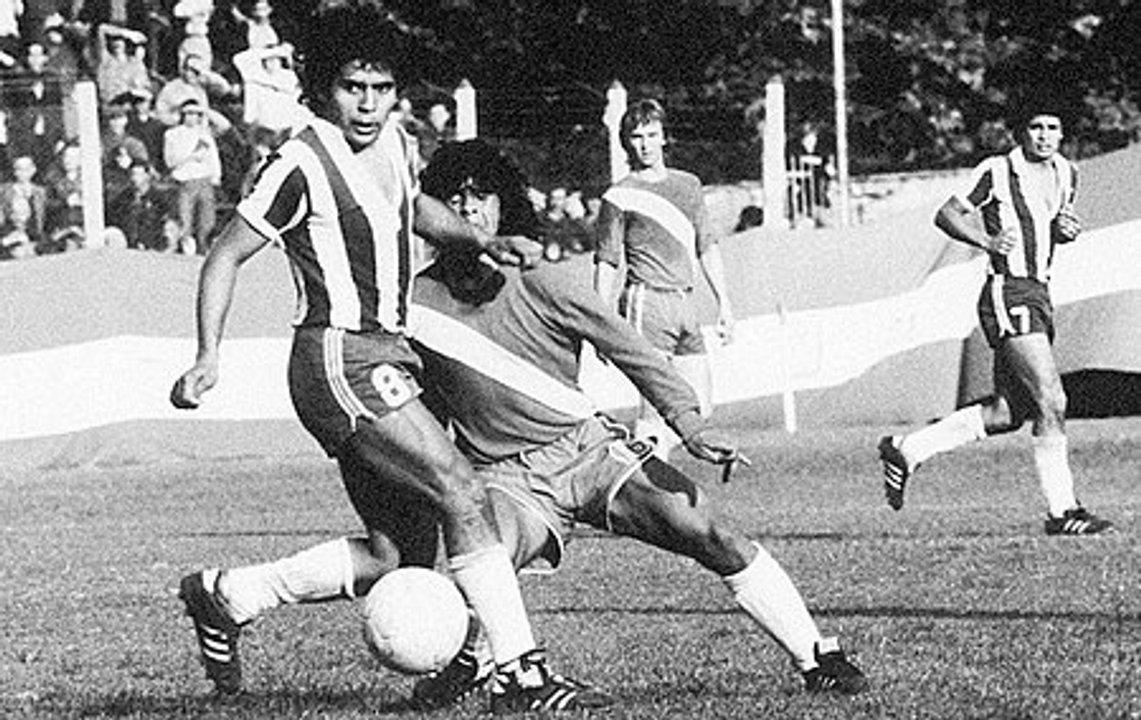 El primer caño de Diego tras el debut con Argentinos
