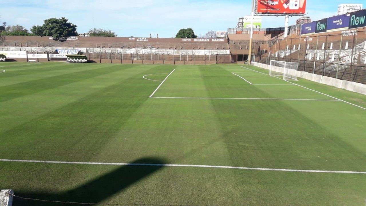 Fotos actuales del campo de juego de Platense