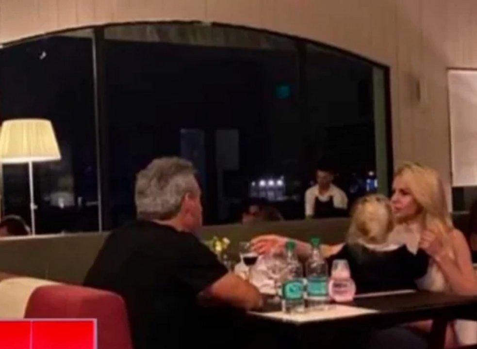 Marecelo Aun compartiendo una cena junto a Salazar y su hija Matilda.