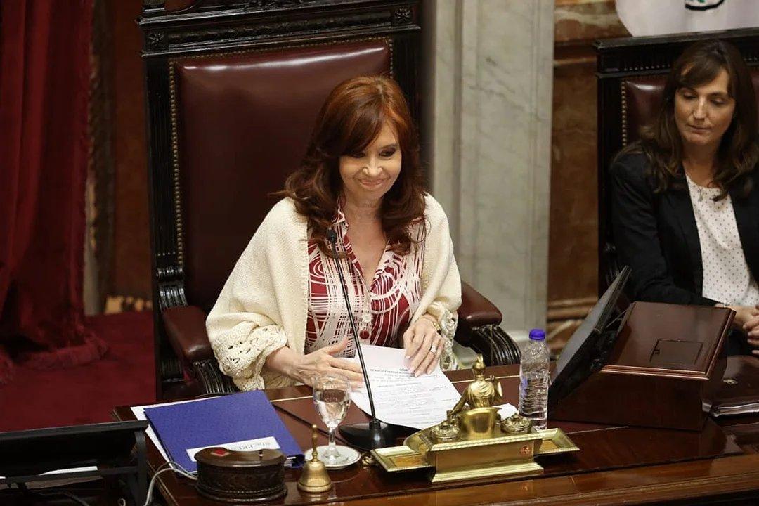 """Cristina Kirchner y su """"devolución de gentilezas"""" en el Senado"""