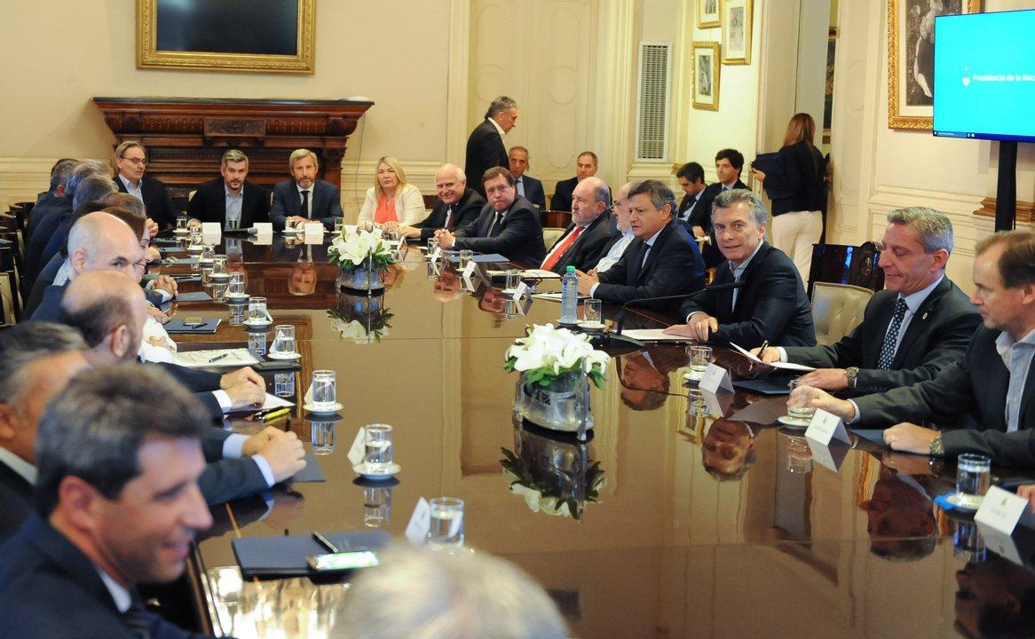 Mauricio Macri y gobernadores en noviembre de 2017 en la firma del Consenso Fiscal