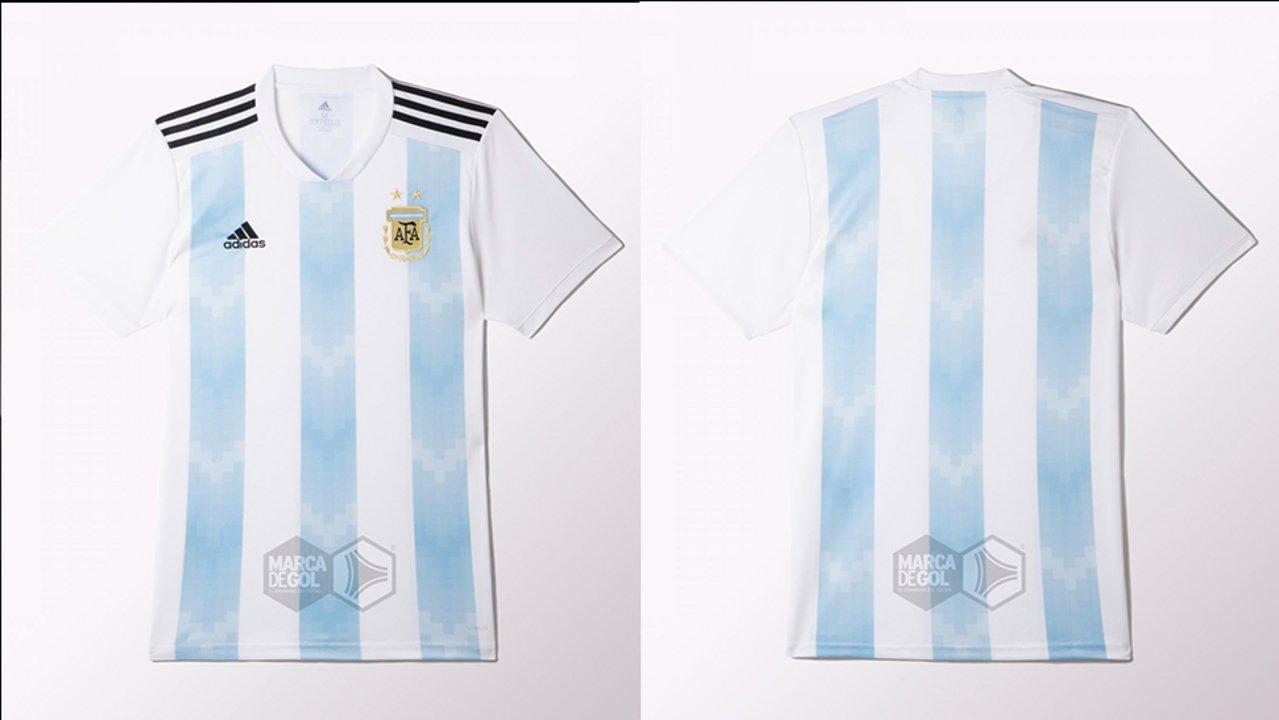 f204a84f2270a Detalles de la camiseta que argentina usará en rusia doble amarilla jpg  1279x720 Rusia bastón camisetas